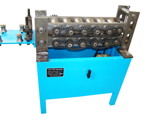 Flat pipe machine