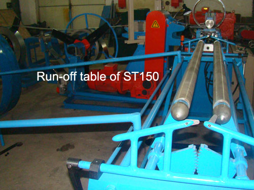 Run-off table of spiral duct machine
